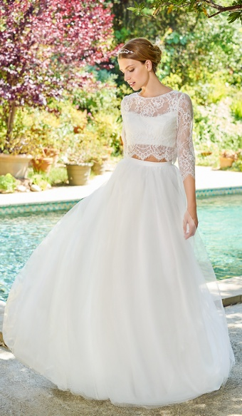 Wedding Dresses Perfect for October
