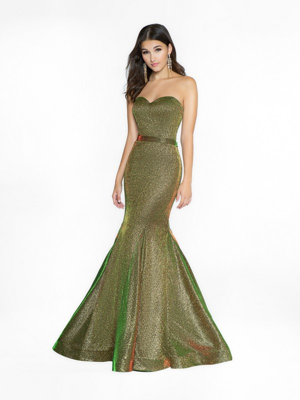 ValStefani 3751RK green dress with sweetheart neckline available in plus sizes