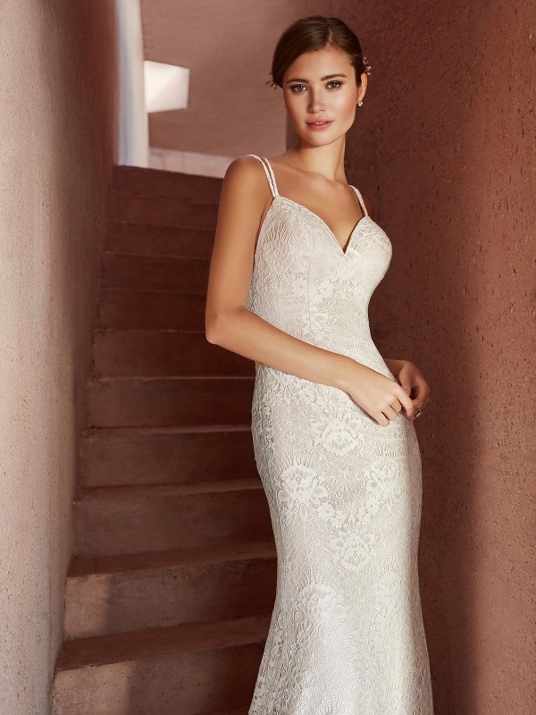 Simply Val Stefani EMEI classic lace fabric mermaid bridal gown with spaghetti straps